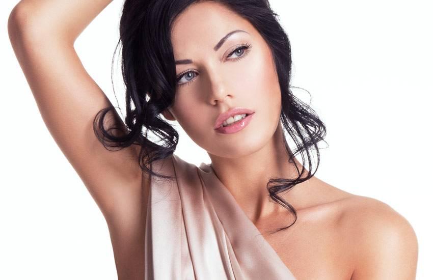 Tratamento de melasma e redução de pelos.